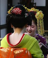 Geisha, neck